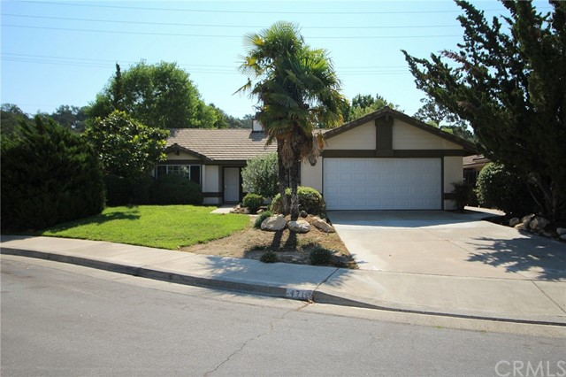 1718 Willowbank Lane, Paso Robles, CA 93446