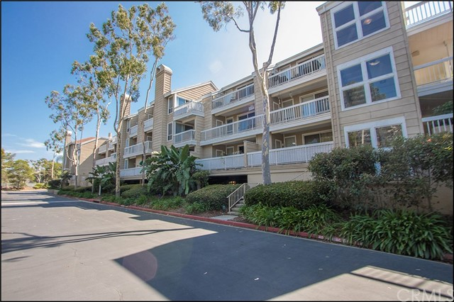20191 Cape Coral Lane Unit 3-202 Huntington Beach, CA 92646 - MLS #: OC17204993