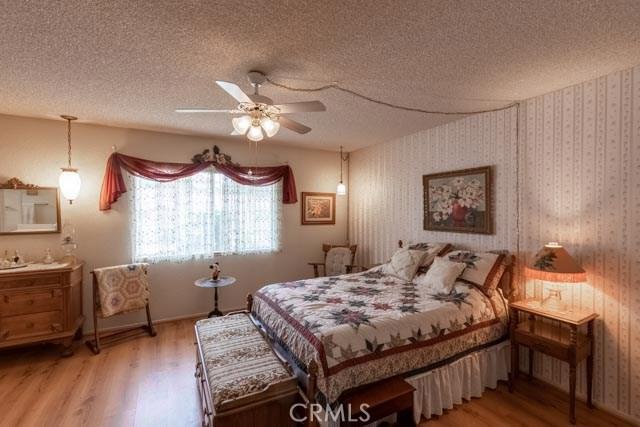 29010 Bradley Road, Sun City CA: http://media.crmls.org/medias/256577ef-b8fd-4d8c-adcb-1119468f7967.jpg