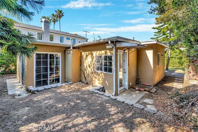 2133 Orange, Costa Mesa CA: http://media.crmls.org/medias/2574000e-4ed0-4690-bd28-3235cb822f67.jpg