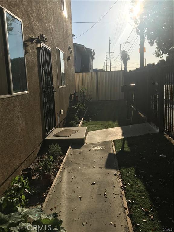 1950 E 97th St, Los Angeles, CA 90002 Photo 18