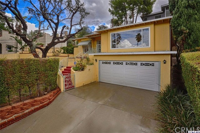 Single Family Home for Rent at 918 Osceola Street Glendale, California 91205 United States