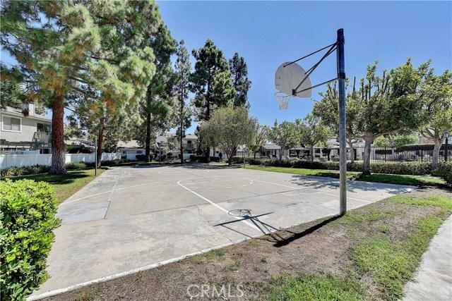 24986 Acacia Lane, Laguna Hills CA: http://media.crmls.org/medias/25915dcc-94cd-4132-938f-3804f2f084e6.jpg