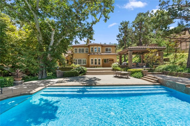 Photo of 185 S Heath Terrace, Anaheim Hills, CA 92807