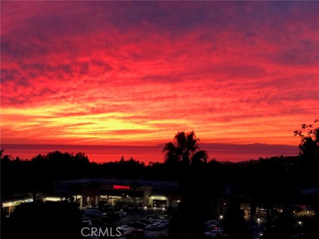 10 Los Cabos, Dana Point CA: http://media.crmls.org/medias/259e951f-ad86-4946-b32f-950d986238a5.jpg