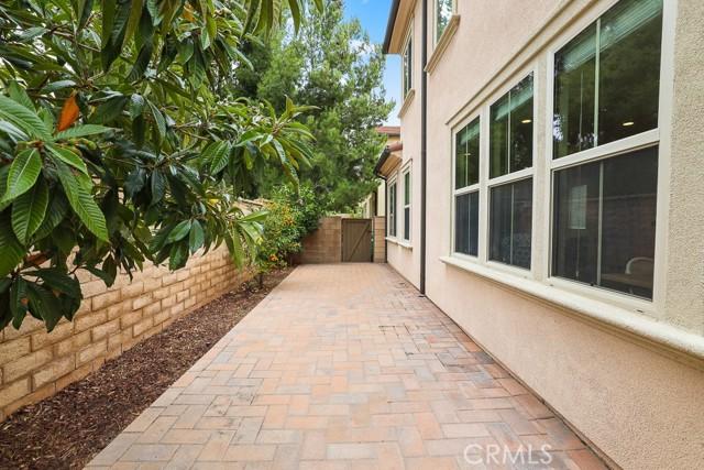 37 Calypso, Irvine CA: http://media.crmls.org/medias/25b2144b-2239-45cf-9a67-89c676287771.jpg