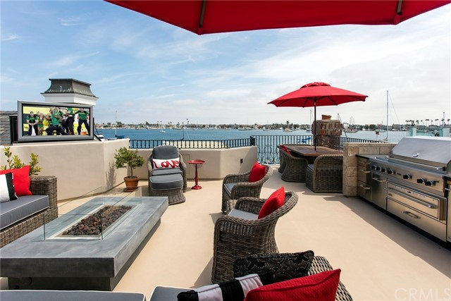 Photo of 808 South Bay Front, Newport Beach, CA 92662