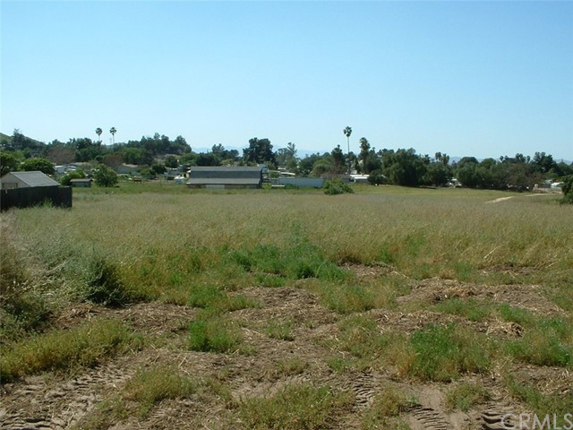 Additional photo for property listing at melba Homeland, California United States