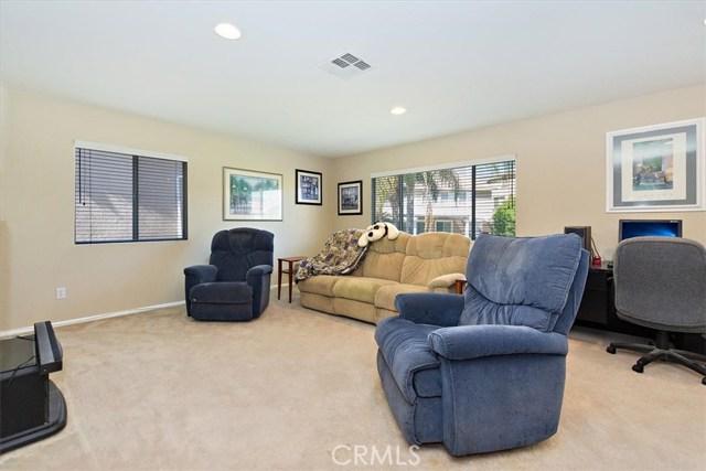 7695 Massachusetts Place, Rancho Cucamonga CA: http://media.crmls.org/medias/25d7bbc8-068f-41e2-91f8-e580b949ab6f.jpg