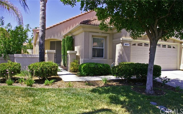 40077   Corte Fortuna    , CA 92562 is listed for sale as MLS Listing SW15180323