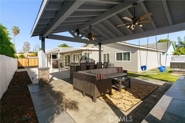 6572 Wrenfield Drive, Huntington Beach CA: http://media.crmls.org/medias/25e27307-5f1c-4f47-8c43-c91d49fee12d.jpg