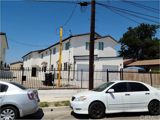 1635 E 33rd Street, Los Angeles CA: http://media.crmls.org/medias/25ee281d-54e8-45fa-93a8-07ac6b356c79.jpg