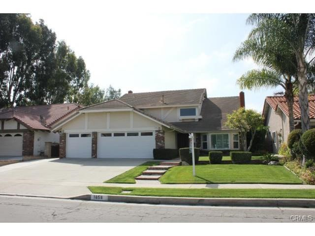Single Family Home for Rent at 1658 Island Fullerton, California 92833 United States
