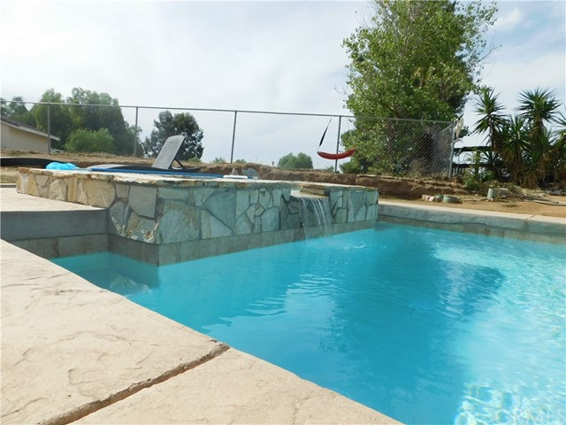 37075 Glenoaks Rd, Temecula, CA 92592 Photo 14