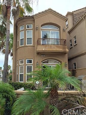 Single Family Home for Rent at 122 19th St Huntington Beach, California 92648 United States