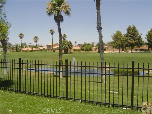 82642 Sky View Lane, Indio CA: http://media.crmls.org/medias/25f556b4-40e5-410e-90b1-1cf7e16630cf.jpg