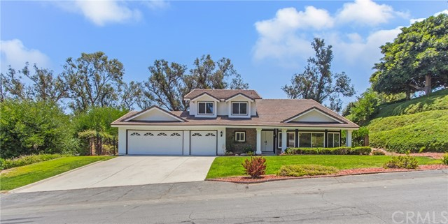 Photo of 290 S Via Montanera, Anaheim Hills, CA 92807
