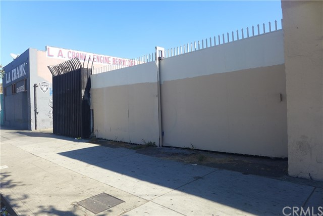 Industrial for Sale at 5732 S Central Avenue 5732 S Central Avenue Los Angeles, California 90011 United States