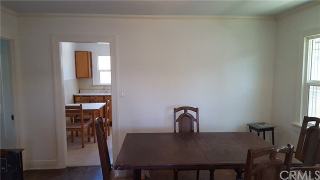 325 W 74th Street Los Angeles, CA 90003 - MLS #: IN17172140
