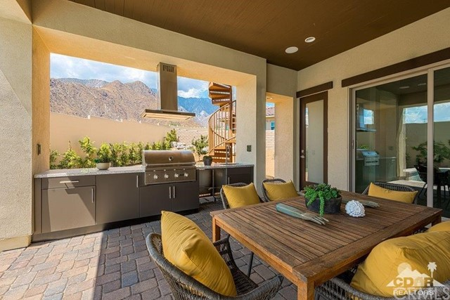 Additional photo for property listing at 2201  Tuscany Heights Drive 2201  Tuscany Heights Drive Palm Springs, California 92262 United States