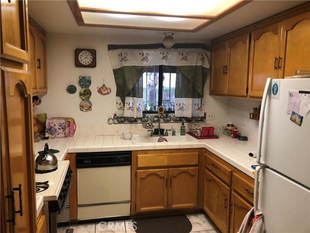 1301 Mount Diablo Street, Perris CA: http://media.crmls.org/medias/26117786-ba8a-490f-841f-a92935a9fe4c.jpg