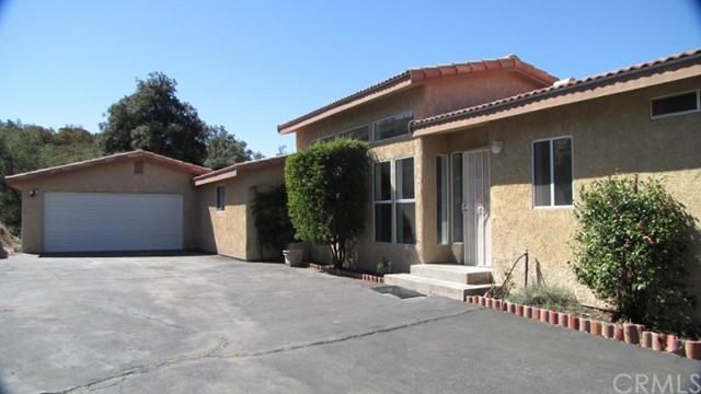 Single Family Home for Sale at 32137 Cerrada Del Coyote Warner Springs, California 92086 United States