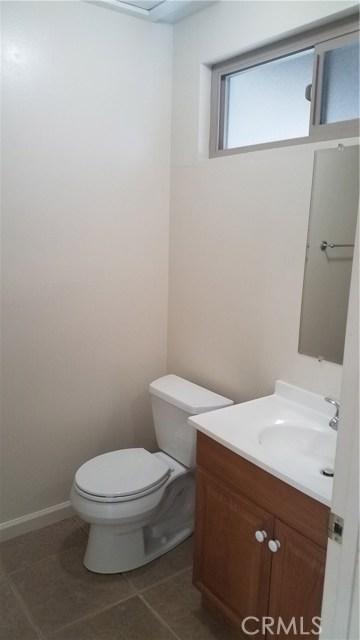 1462 Everton Place, Riverside CA: http://media.crmls.org/medias/26198036-46b9-4fba-ad68-90fddd339f63.jpg