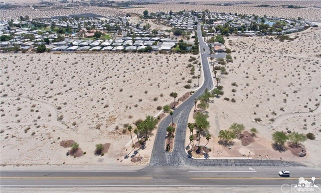 74711 Dillon Road, Desert Hot Springs CA: http://media.crmls.org/medias/261aaa2e-a8f5-4e86-a6e0-1c9be7bbaa79.jpg