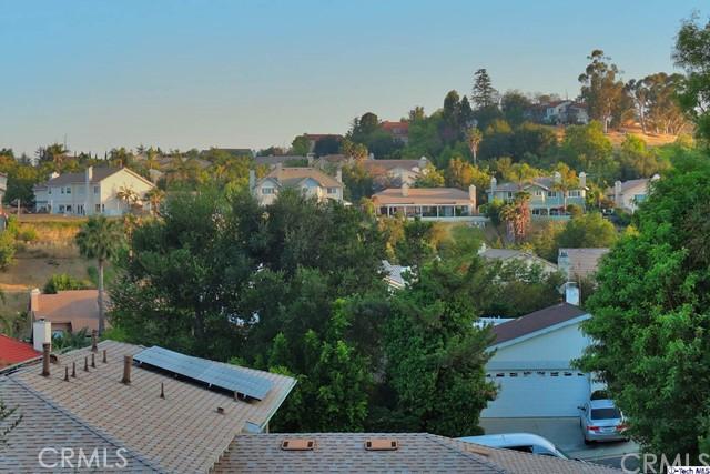 17622 Arvida Drive, Granada Hills CA: http://media.crmls.org/medias/264add38-43a1-4b4c-a30c-d7b5d6107737.jpg