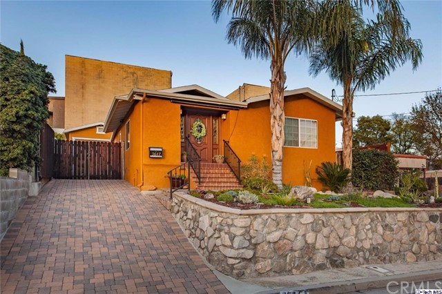 3647 1st Avenue La Crescenta, CA 91214 is listed for sale as MLS Listing 317001477