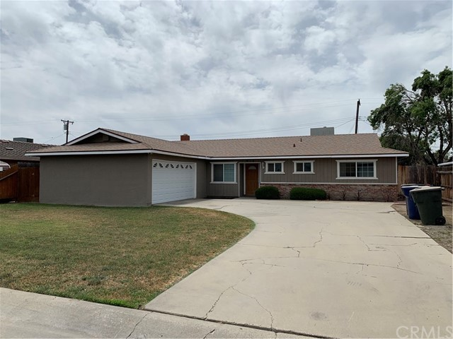 915 S Ametjian St, Tulare, CA 93274 Photo