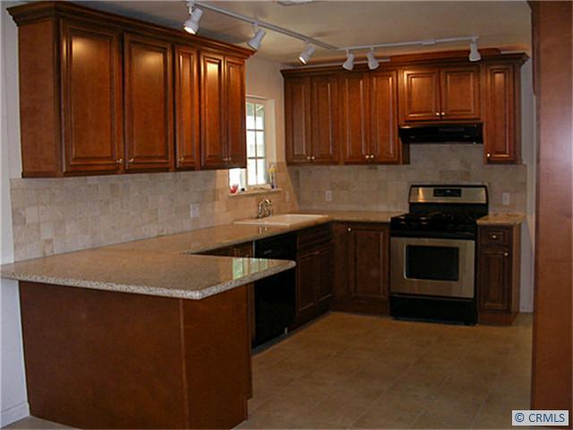 Single Family Home for Rent at 1009 Virginia St Santa Ana, California 92706 United States