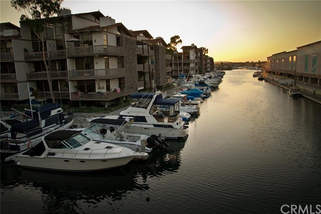 5129 Marina Pacifica Dr, Long Beach, CA 90803 Photo 24