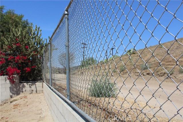 2464 Endicott Street, El Sereno CA: http://media.crmls.org/medias/265ead46-79e7-461b-ae4a-5f9687d56a7c.jpg