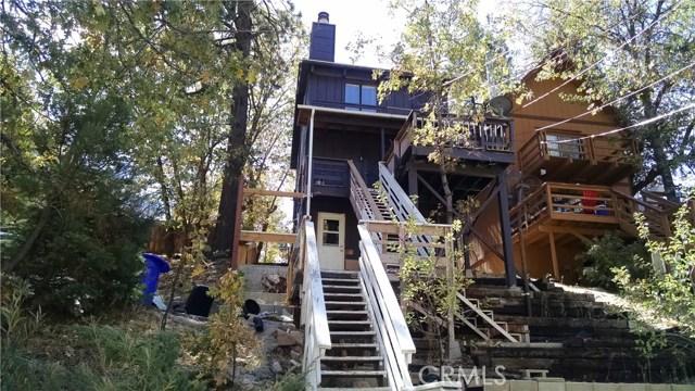 Casa Unifamiliar por un Venta en 32985 Deer Lane Arrowbear Lake, California 92382 Estados Unidos