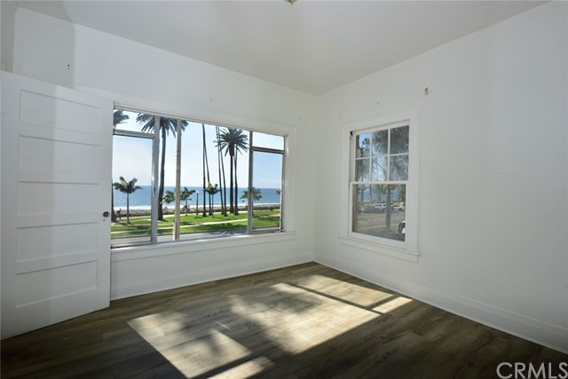1045 Ocean Ave, Santa Monica, CA 90403 photo 41