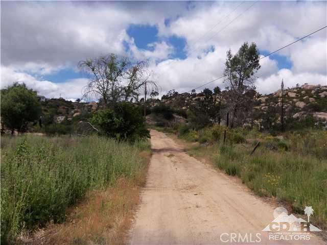 Deerhorn Valley Road