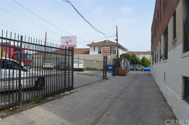 4158 W Pico Boulevard Los Angeles, CA 90019 - MLS #: AR18084018