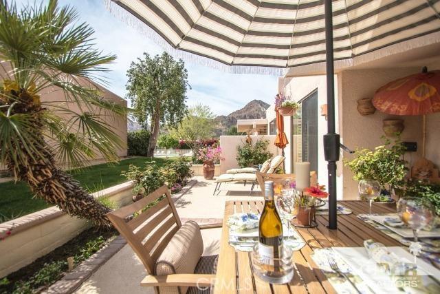48248 Vista de Nopal La Quinta, CA 92253 is listed for sale as MLS Listing 217007606DA