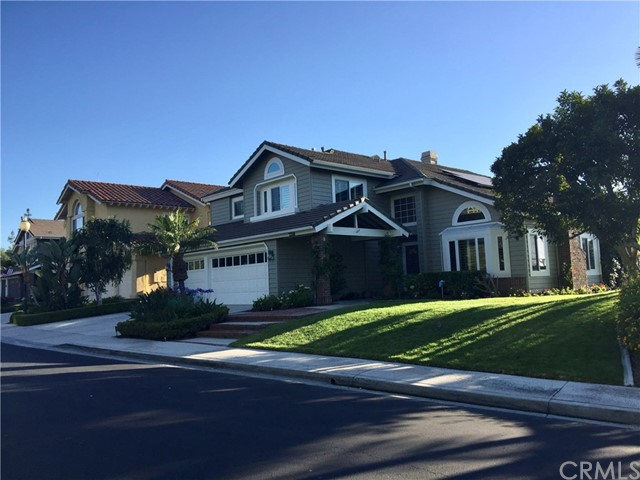 Single Family Home for Sale at 22111 Glenoaks Mission Viejo, California 92692 United States