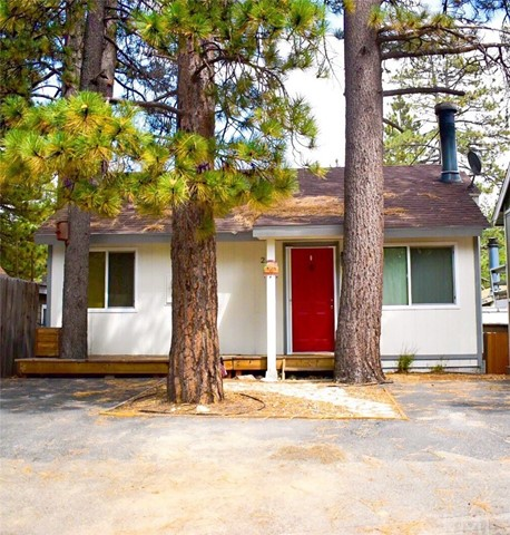 Single Family Home for Sale at 2255 Keater Drive Arrowbear Lake, California 92314 United States