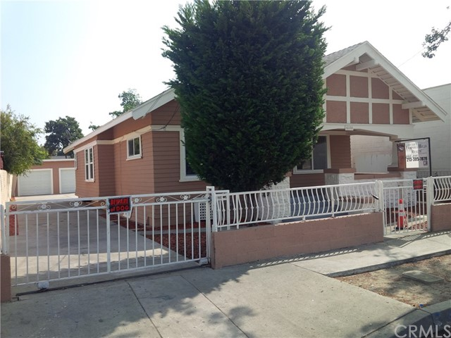 6220 Holmes Avenue, Los Angeles, California 90001