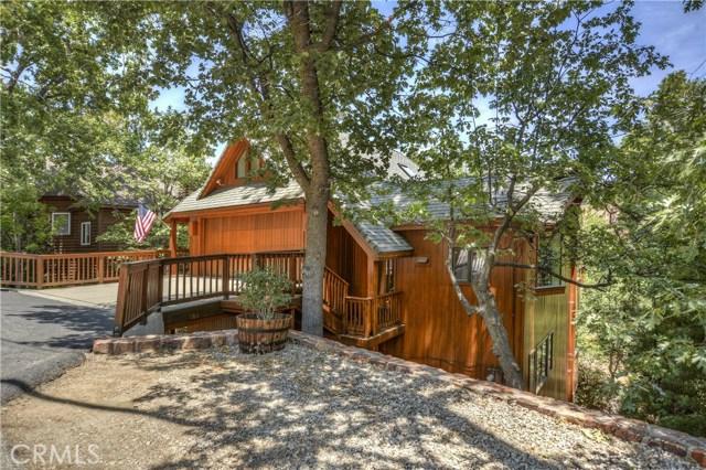 27537 W Shore Road, Lake Arrowhead CA: http://media.crmls.org/medias/26a4344a-4327-4b94-9c2e-b71791a49873.jpg