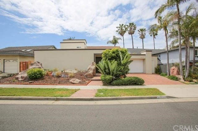 16871 Saybrook Lane, Huntington Beach CA: http://media.crmls.org/medias/26ab02d0-3f85-49a5-94dd-129dea26a4e7.jpg