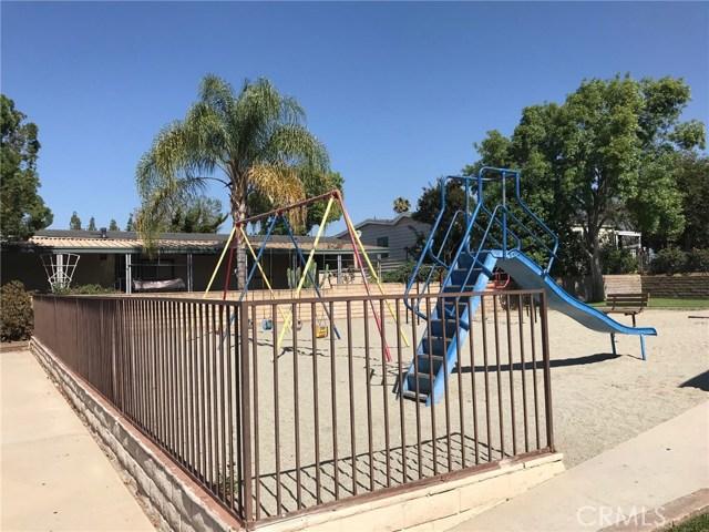 929 E Foothill Boulevard, Upland CA: http://media.crmls.org/medias/26bad0ed-809f-4a4f-9682-876a9f7f58a9.jpg