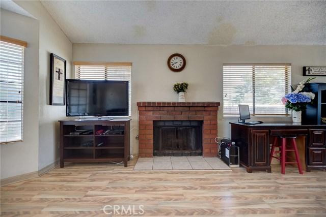 8373 9th Street, Rancho Cucamonga CA: http://media.crmls.org/medias/26bdedc4-8ad2-488d-9457-dbaeca1f0725.jpg