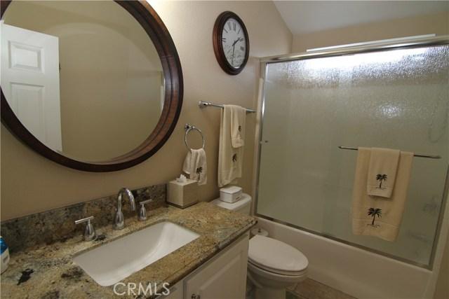 15980 Grand Avenue, Lake Elsinore CA: http://media.crmls.org/medias/26cde52c-ef5d-4c6b-b423-68290886bf82.jpg