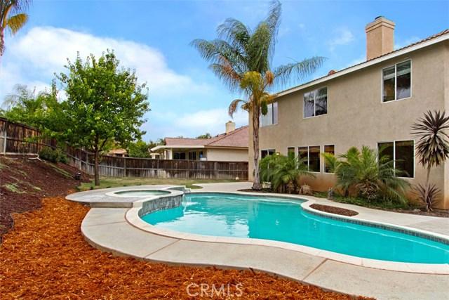 36835 Rancho Kiel Road, Winchester CA: http://media.crmls.org/medias/26d33a3f-d116-4492-b335-17de60b759af.jpg