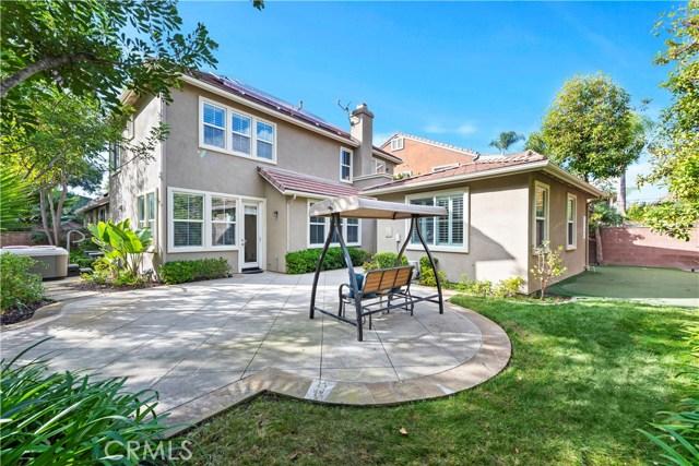 1 Flintridge Avenue, Ladera Ranch CA: http://media.crmls.org/medias/26d87e23-3055-4b80-8401-68c4f2917432.jpg