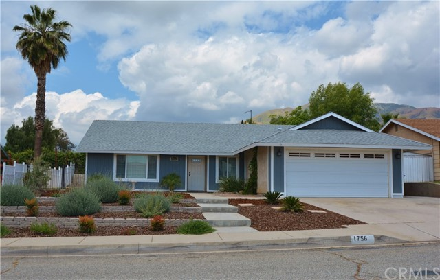 Single Family Home for Sale at 1756 Buckeye Street Highland, California 92346 United States